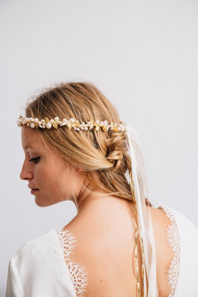 RIVIERA AND GOLD GARLAND