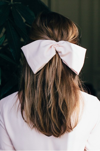 BARRETTE NOEUD ROSE PALE