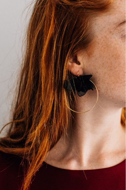 BLACK LEA EARRINGS
