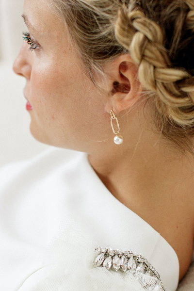 PEARLS ASYMMETRIC EARRINGS