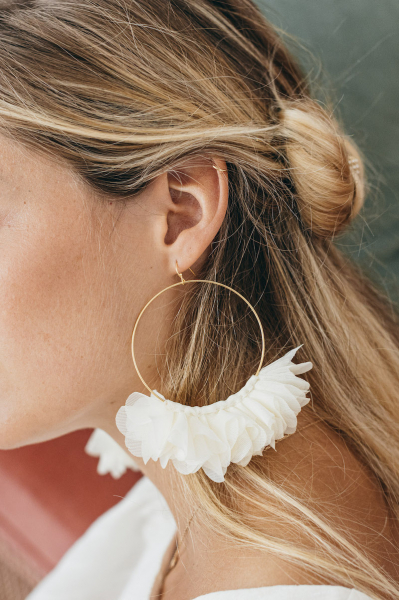 IVORY GRACE EARRINGS