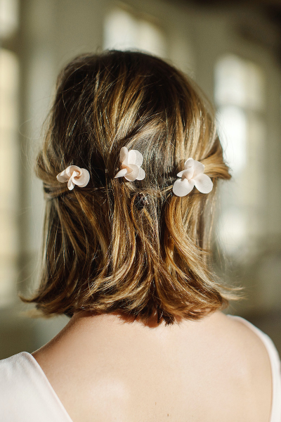 PALE PINK GRACE HAIR PINS